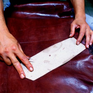 Leather bags pattern cutting